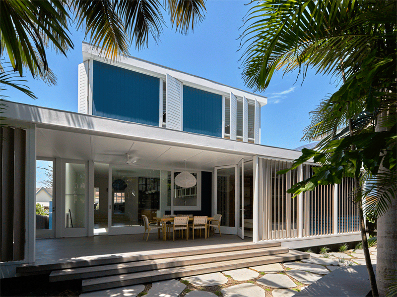 Luigi-Rosselli-Architects-Beach-House-On-Stilts-06-JA-GIF-800x600-1-800x6001