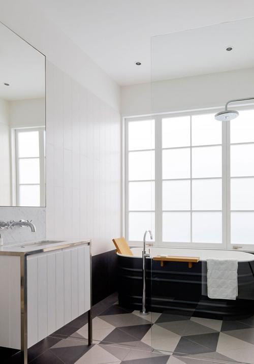 Luigi-Rosselli-Architects-Beach-House-On-Stilts-16-800x1067