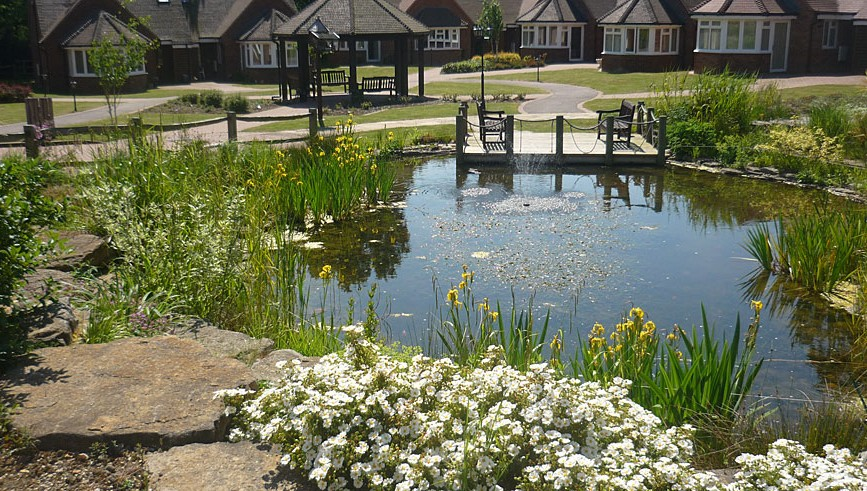 02-lake-and-paving-at-the-care-home-867x491